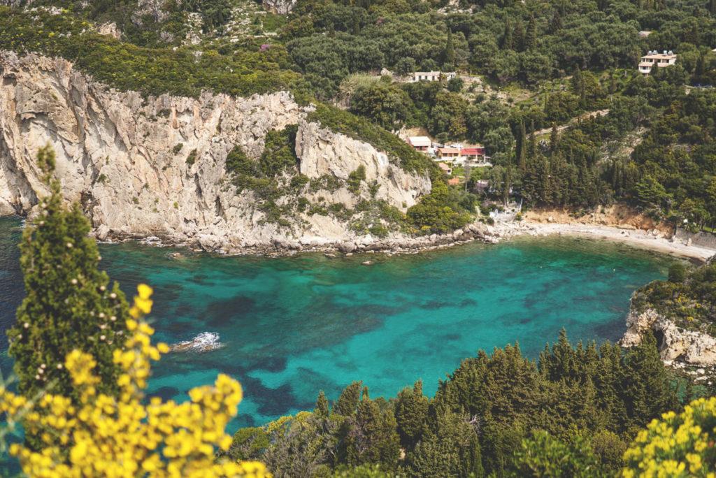 Korfu-Urlaub-Paleokastritsa-Bucht-Meer-Aussicht