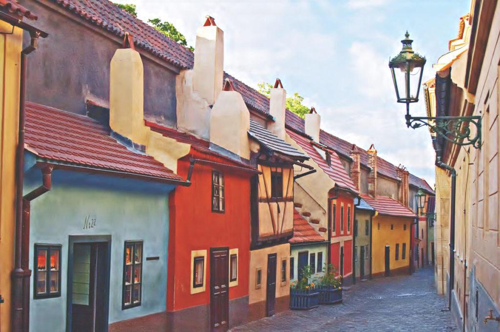Prag-Sehenswuerdigkeiten-Goldenes-Gaesschen