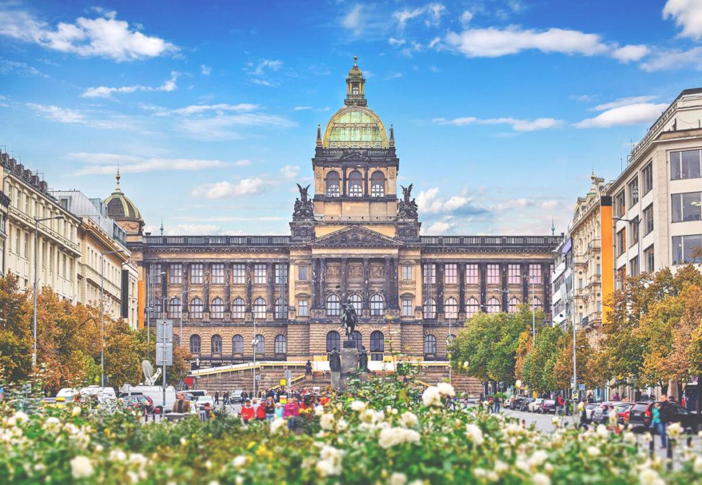 Sehenswuerdigkeiten-in-Prag-Wenzelsplatz