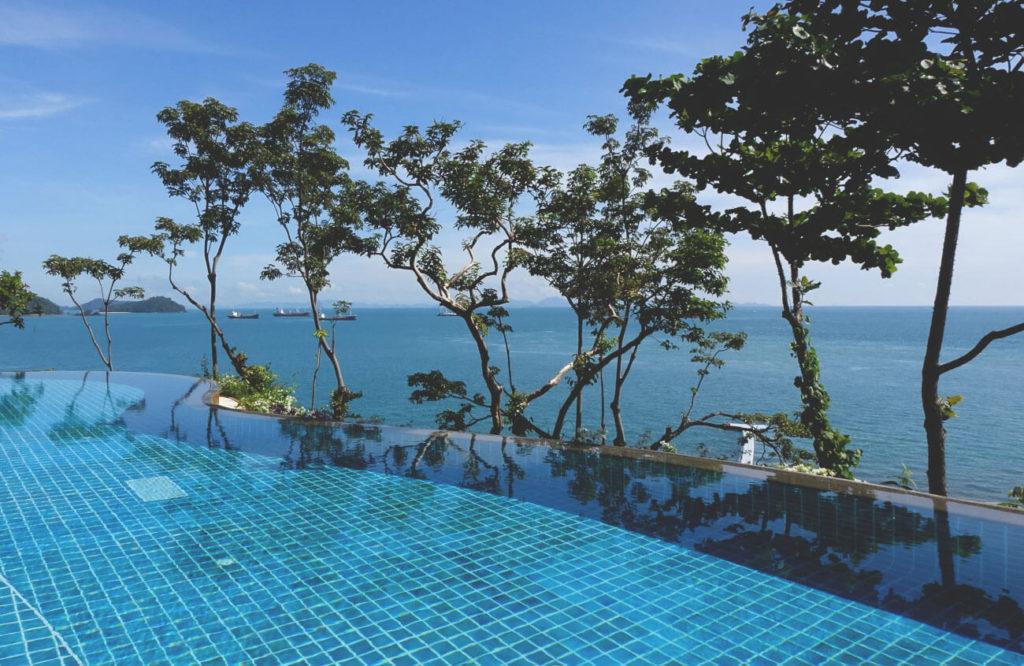 phuket-unterkuenfte-pools-hotel-luxus