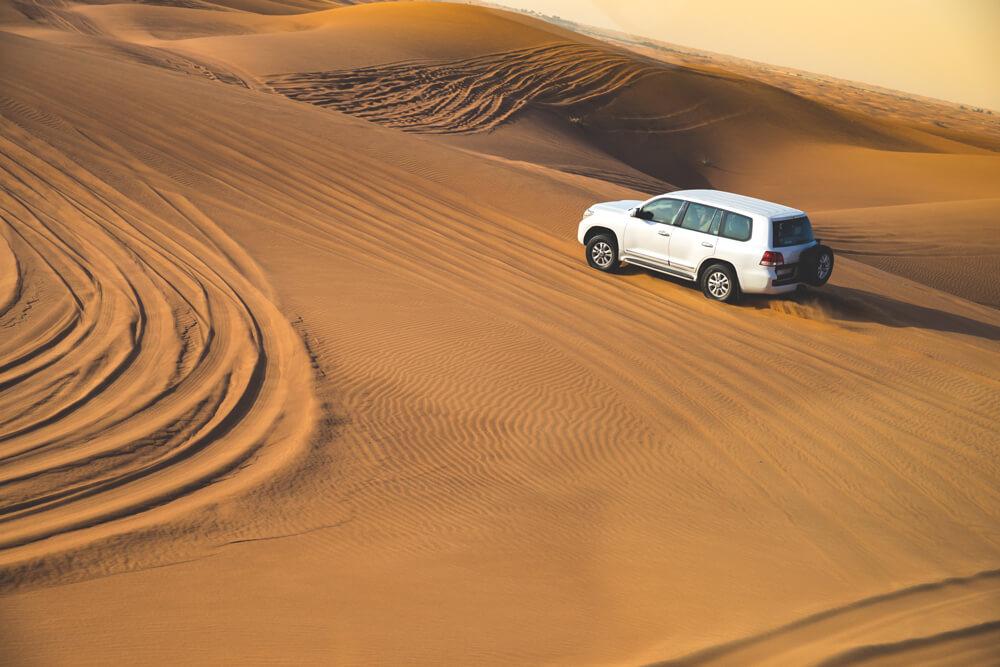 Sehenswürdigkeiten in Dubai Wüstensafari Jeep