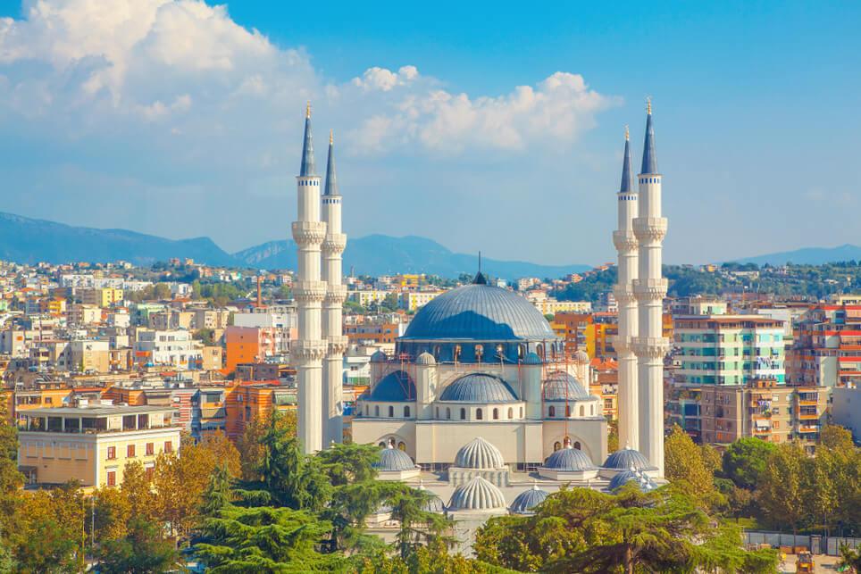 sehenswürdigkeiten in Albanien Hauptstadt Tirana