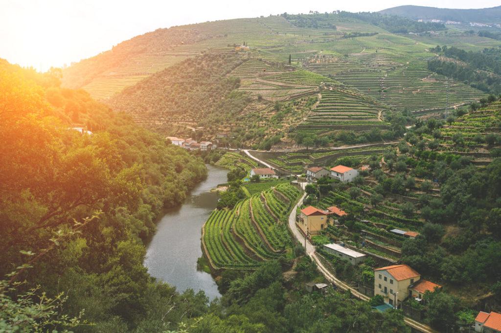 portugal-sehenswuerdigkeiten-duoro-valley-tal