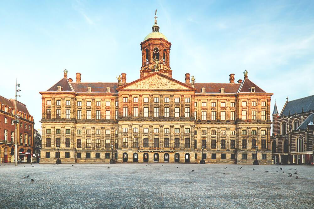 amsterdam-sehenswuerdigkeiten-koenigspalast