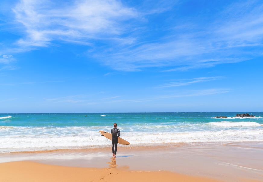 beste-reisezeit-bali-indonesien-surfen-regenzeit