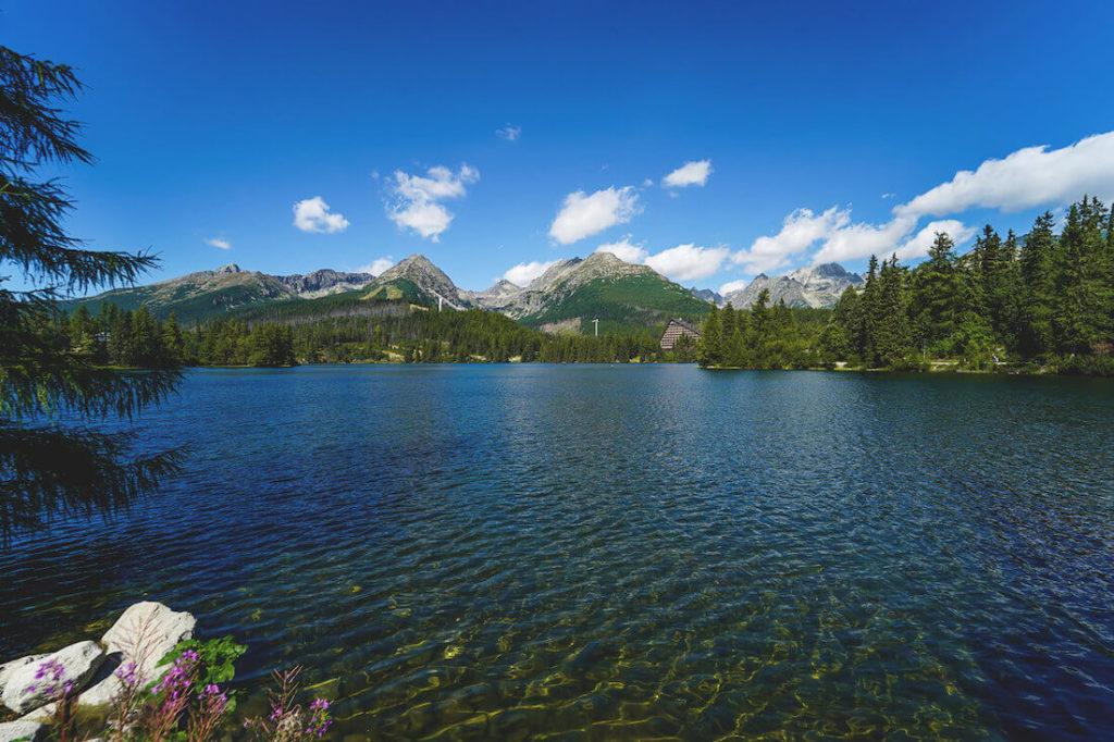 strbske-pleso-slowakei-bergsee-panorama (1)