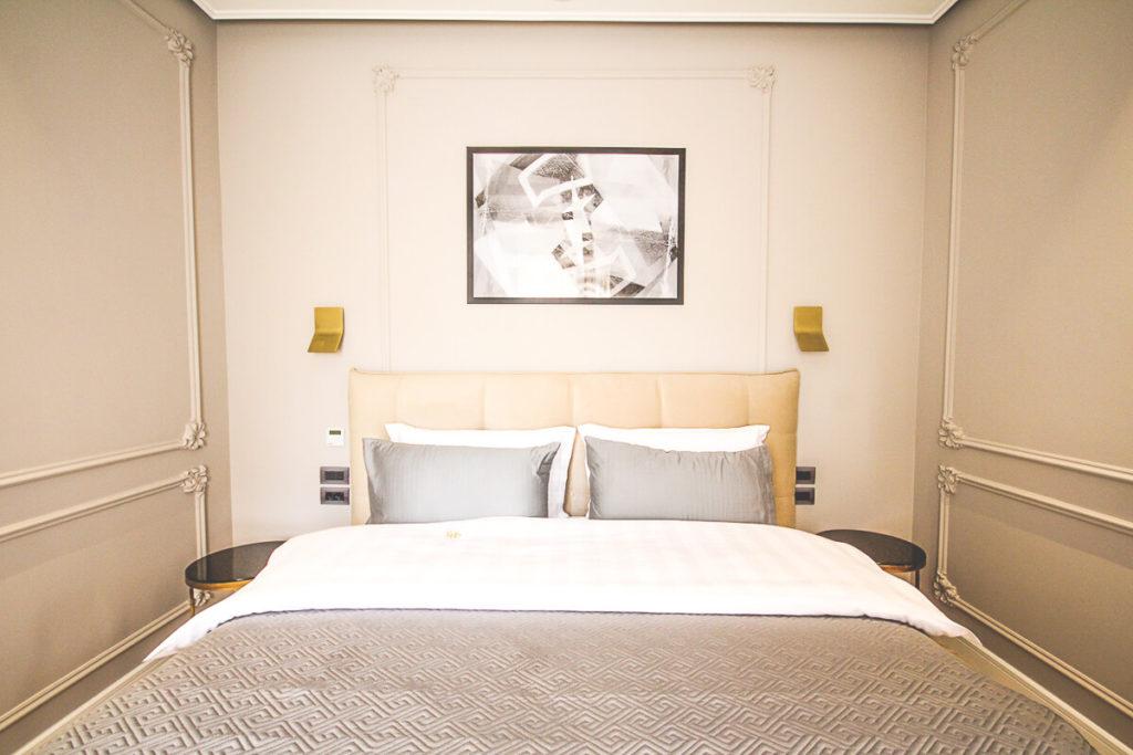Albanien-Tirana-Sehenswuerdigkeiten-Unterkunft-Hotel
