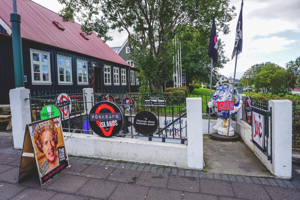 eingang-punk-museum-reykjavik-island