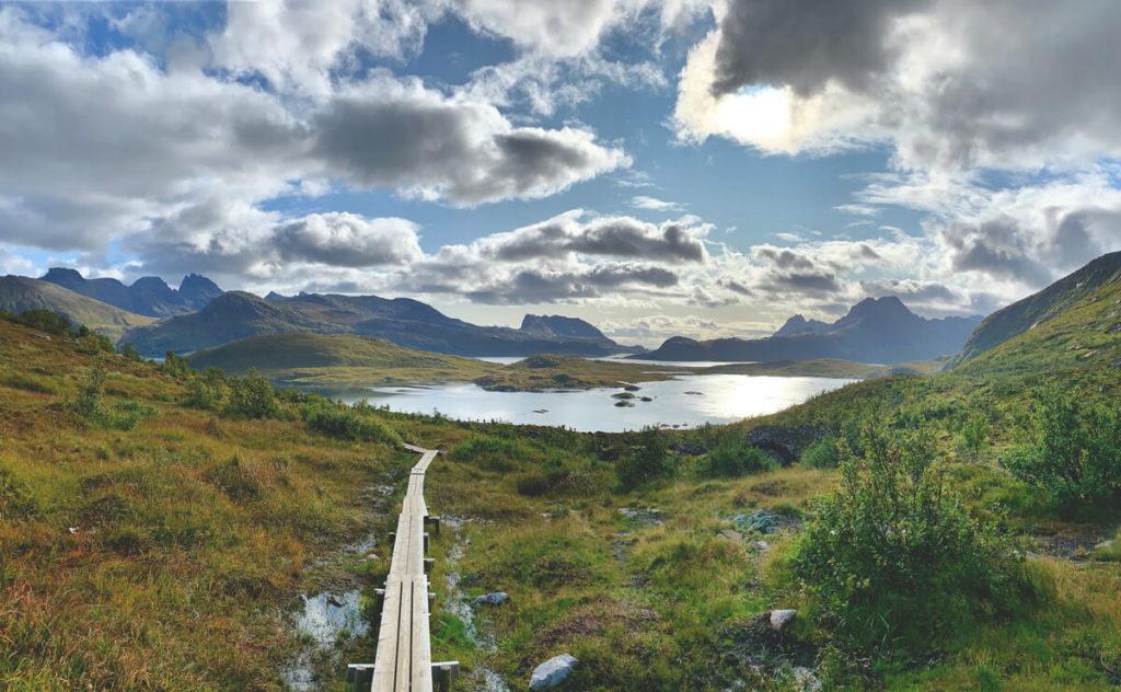 hiking-norwegen-lofoten-wandern-natur