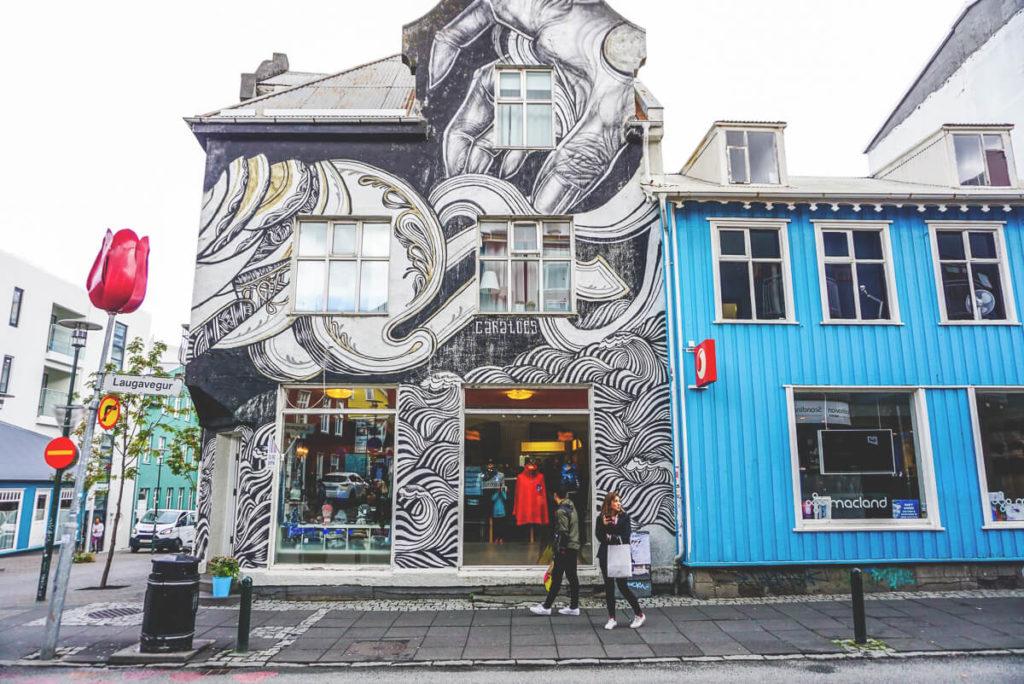 island-reykjavik-sehenswuerdigkeiten-laugavegur