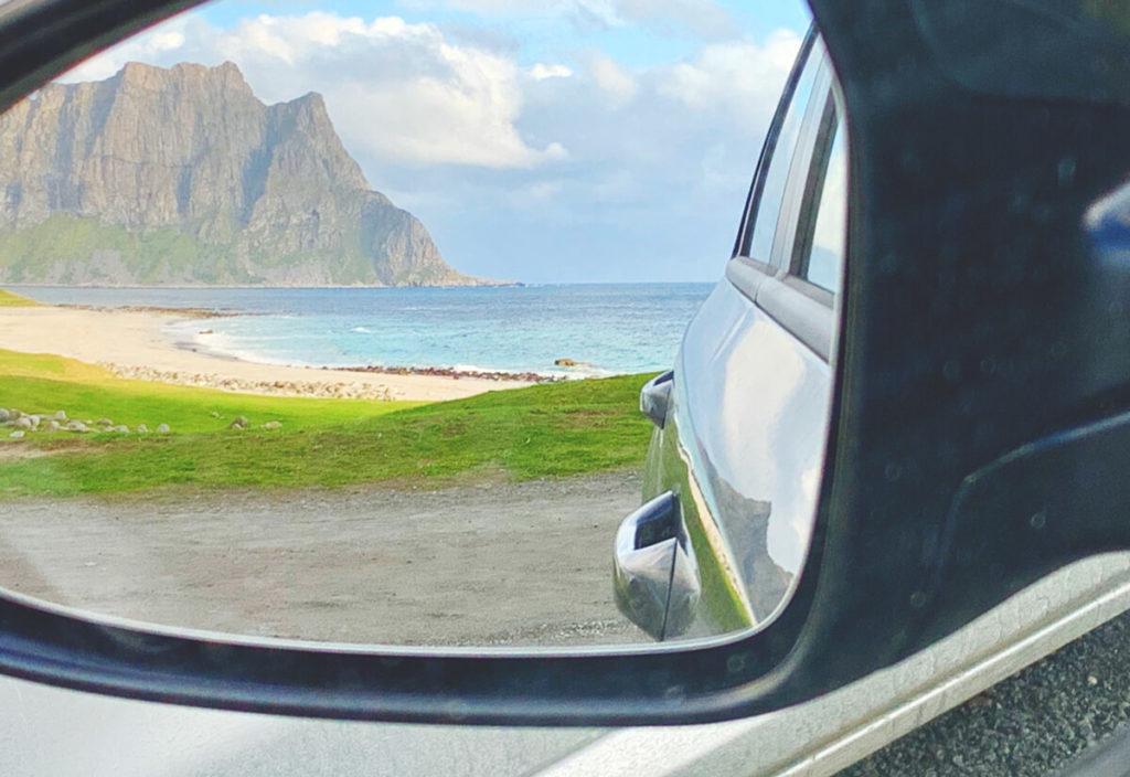 lofoten-rundreise-norwegen-mietwagen-aussicht