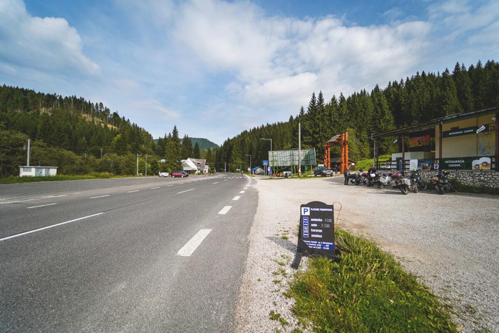 slowakei-rundreise-autofahren-straßen