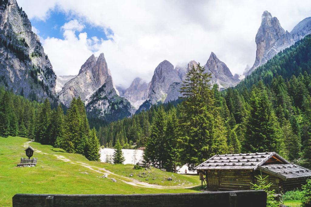 wandern-dolomiten-italien-berge-1
