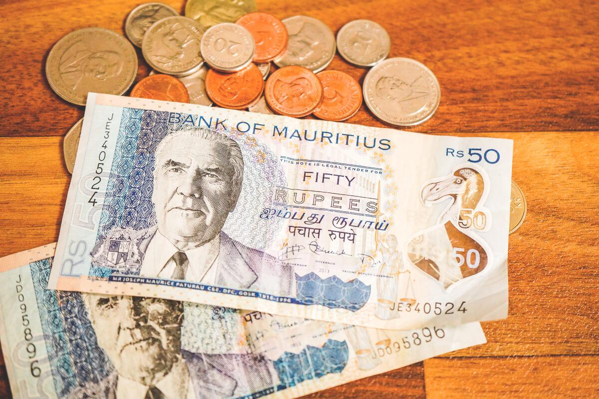 Geld-Mauritius-Scheine-Muenzen-Waehrung