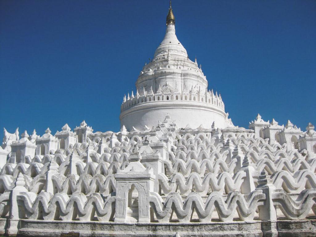 Myanmar-Rundreise-Mandalay-Myanmar-Rundreise-Mandalay-weisse-Pagoden-Mingun