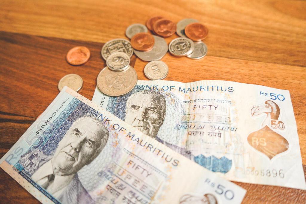 mauritius-waehrung-geldabheben-bargeld-scheine