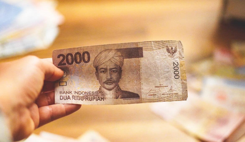 Währung Indonesien – Geld abheben, Bezahlen und Kreditkarte