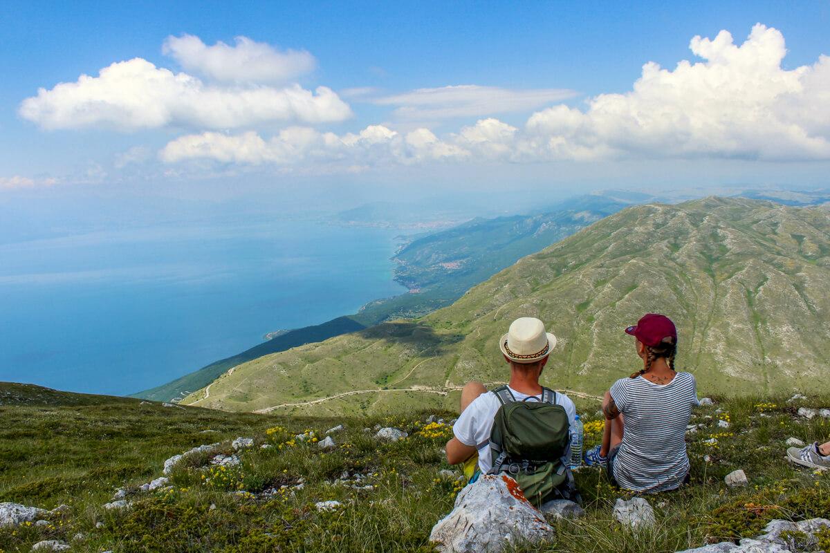 Nordmazedonien-Sehenswuerdigkeiten-Wanderung-Berge-Aussicht