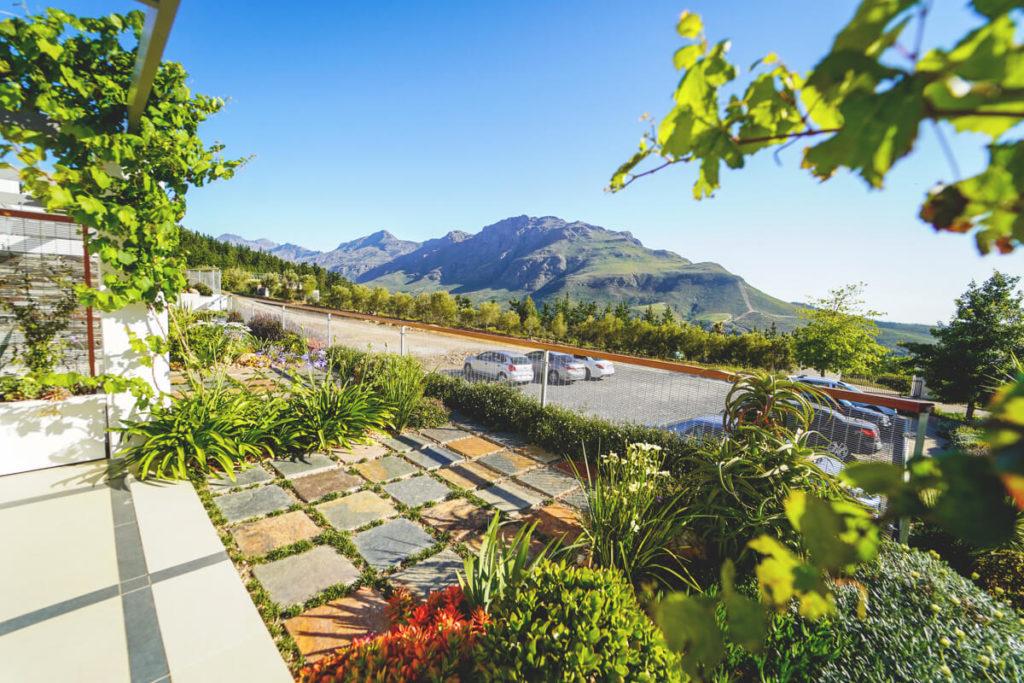 Unterkunft-Stellenbosch-Hotelzimmer-Aussicht-Berge