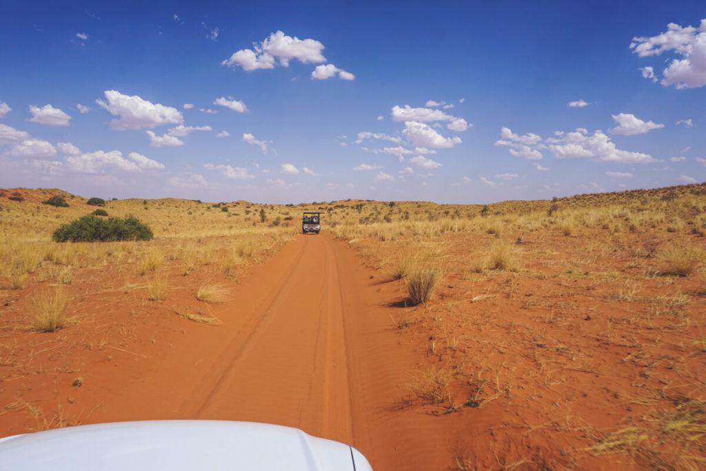 Anreise-Xaus-Lodge-Kalahari-Duenen