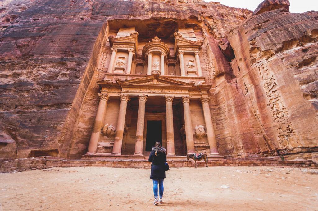 Jordanien Urlaub Felsenstadt-Petra-Jordanien-Schatzhaus-Treasury-2