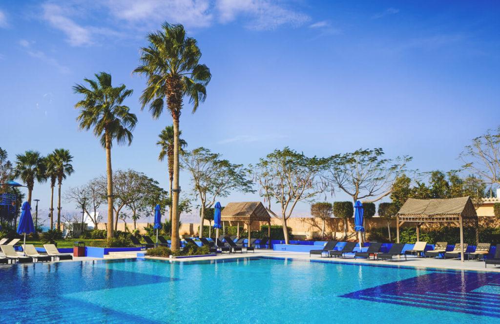 Totes-Meer-Jordanien-Ramada-Resort-Pool