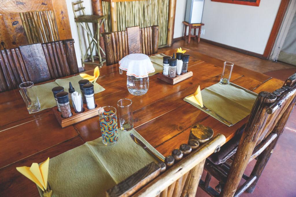 Xaus-Lodge-Dinner