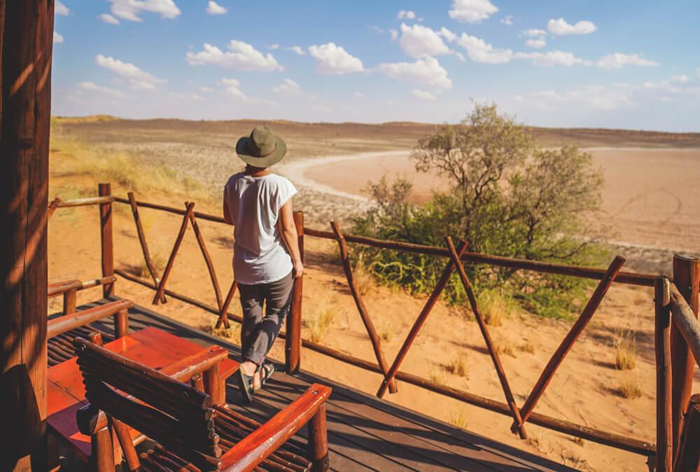 Xaus-Lodge-Suedafrika-Aussicht-Chalet