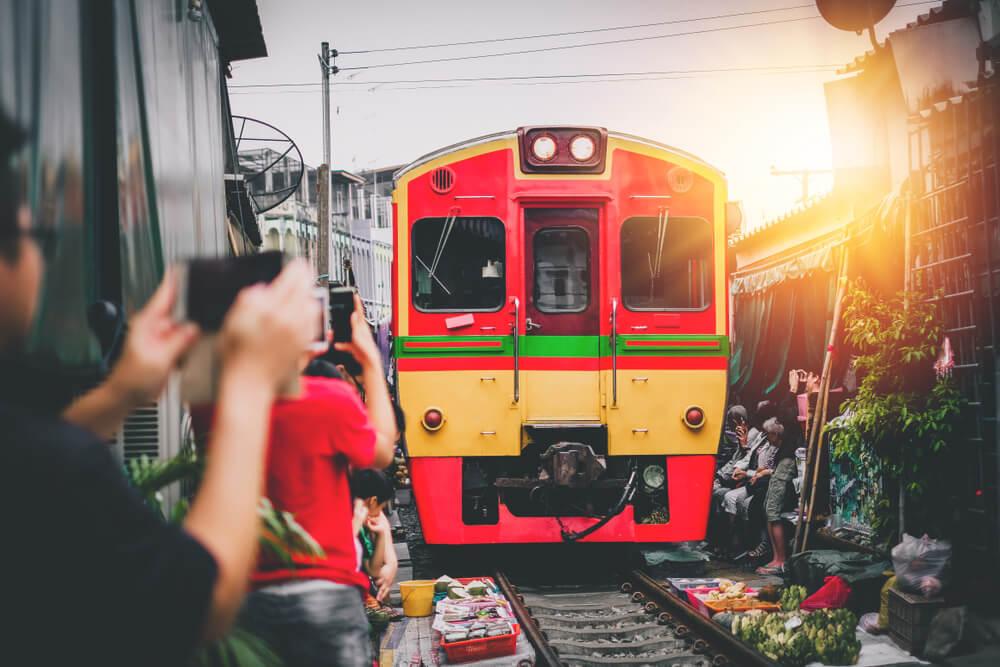 Mae-Klong-Railway-Market-Thailand-