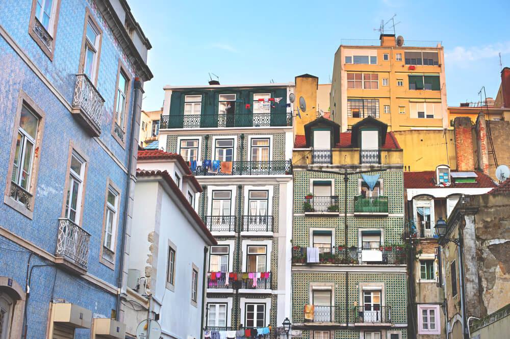 Alfama-Stadtteil-Lissabon-Sehenswuerdigkeiten-Portugal