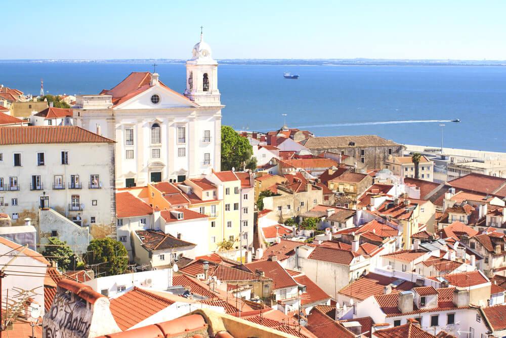 Lissabon-Sehenswuerdigkeiten-Miradouro-de-Santa-Luzia