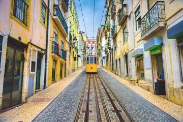 Transport-Portugal-Verkehr-Bahn-Busse