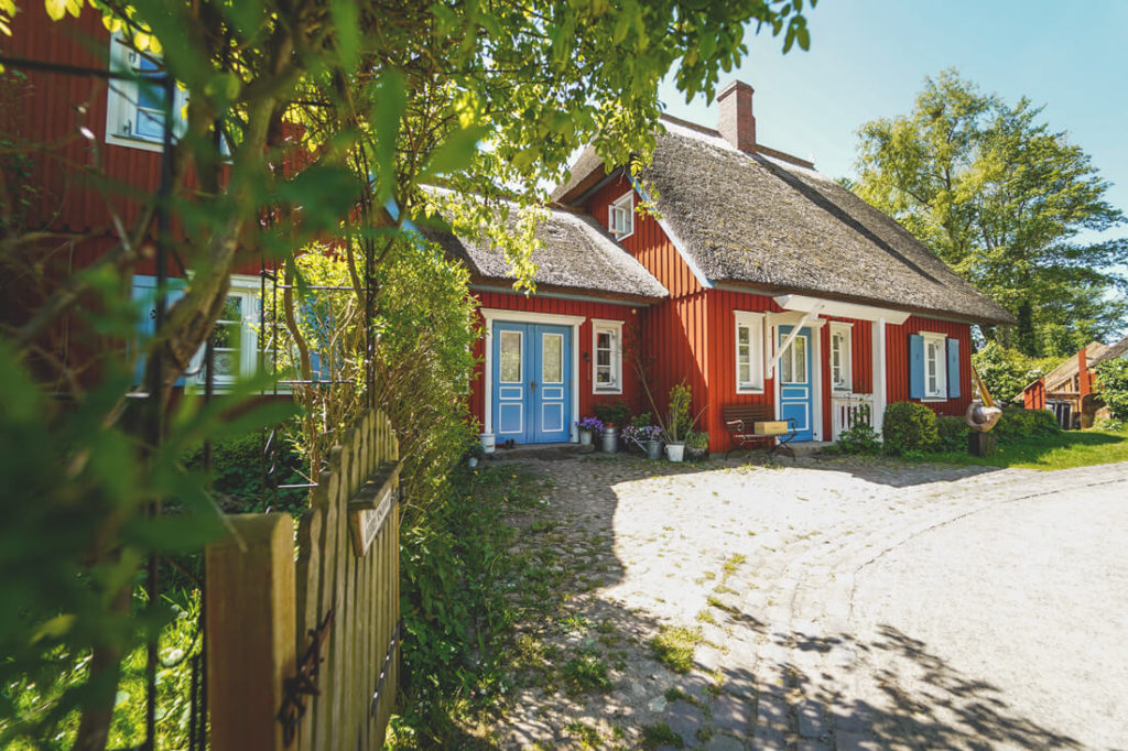 Ahrenshoop-Alte-Muehle-Haus