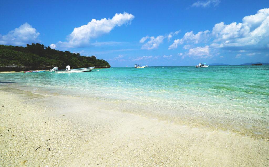 Japan-Urlaub-Okinawa-Strand-Tauchen-Insel