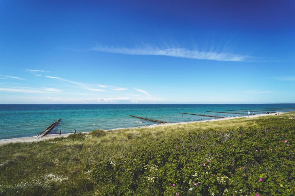 Ostseebad-Ahrenshoop-Duenen-Meer-Strand-Aussicht