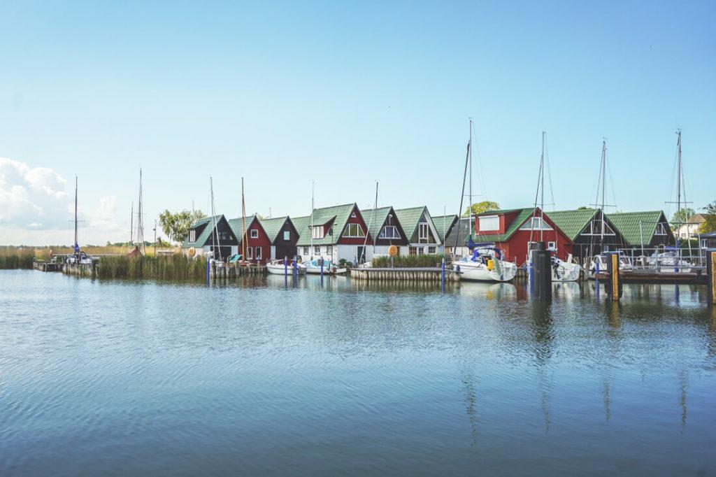 Ostseebad-Ahrenshoop-Hafen-Althagen-Saaler-Bodden