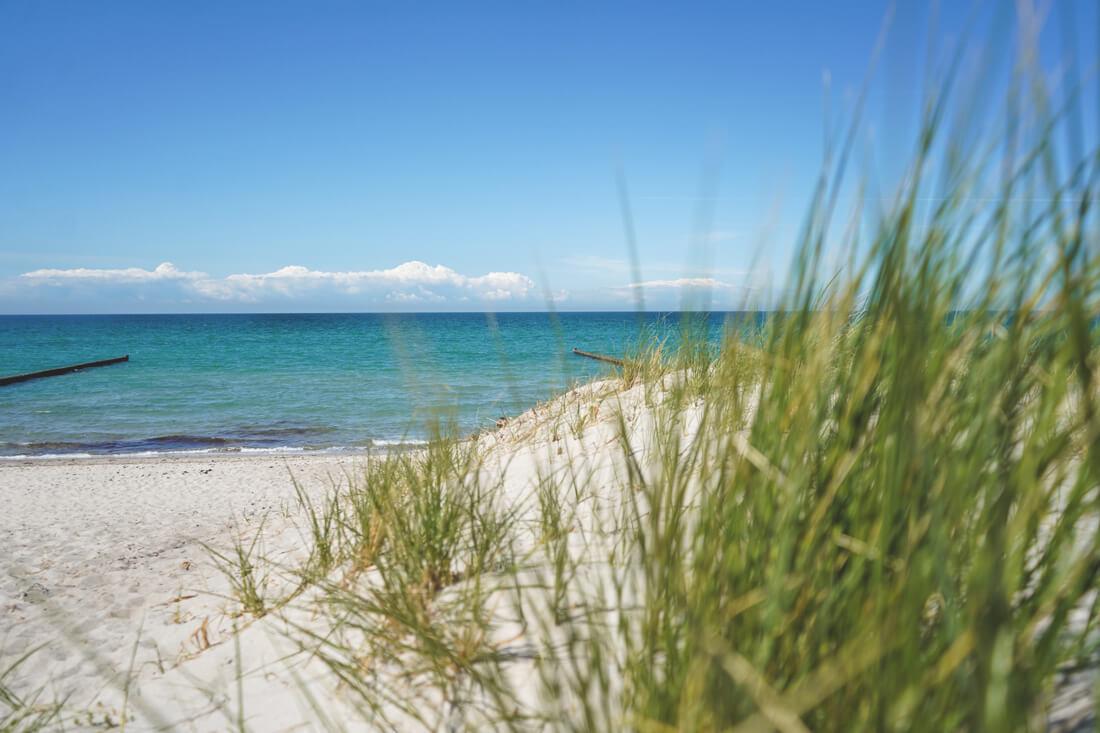 Strand-Ahrenshoop-Ostsee-Fischland-Darß