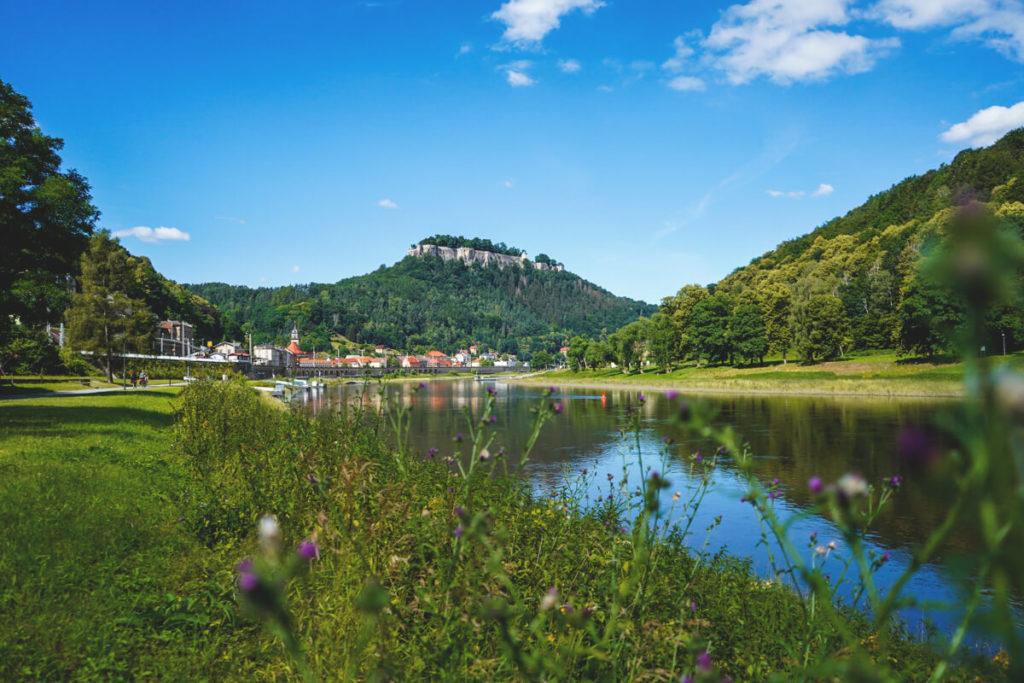 Koenigstein-Saechsische-Schweiz-Elbe