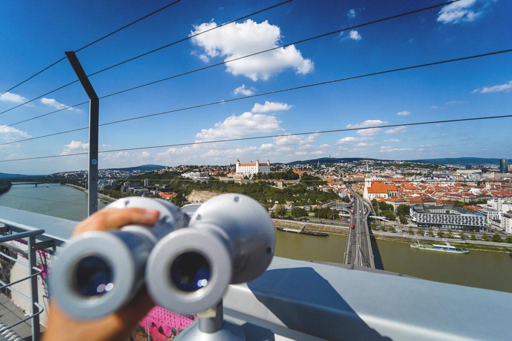 Bratislava-Highlights-UFO-Burg-Aussicht