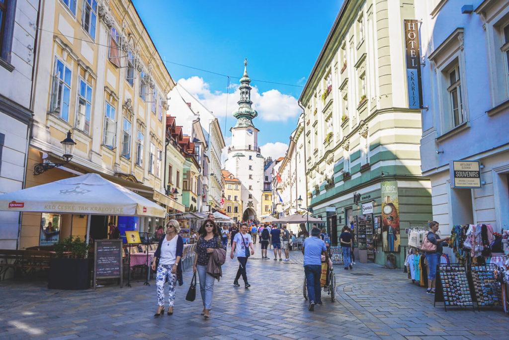 Bratislava-Sehenswuerdigkeiten-Altstadt-Michaelertor