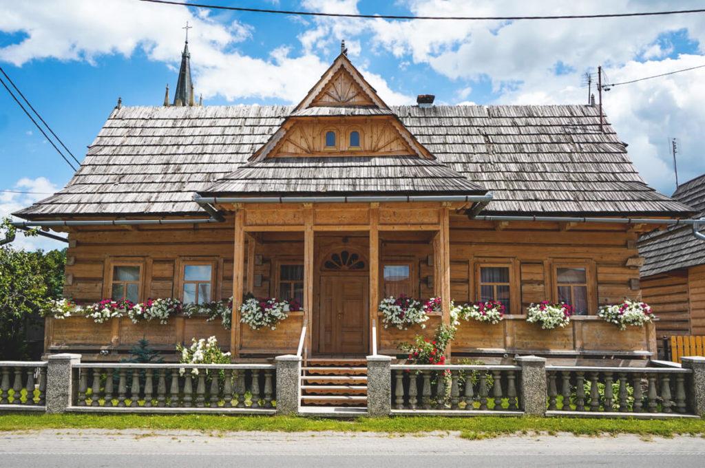 Hohe-Tatra-Polen-Sueden-Holzhaus-Chocholow-2