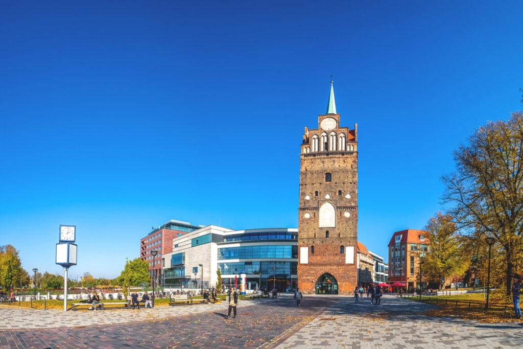 Kroepeliner-Tor-Rostock-Sehenswuerdigkeiten