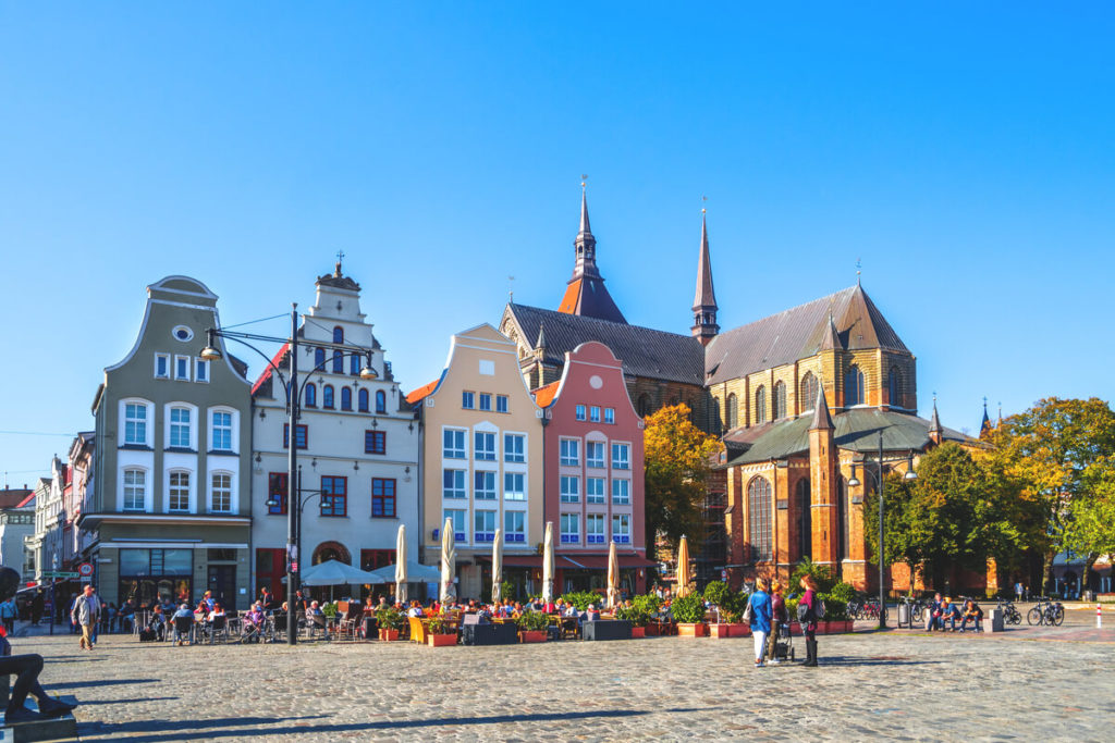 Rostock-Highlights-Neuer-Markt-Marienkirche
