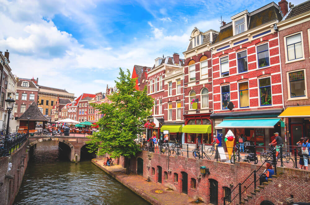 Utrecht-Niderlande-Sehenswuerdigkeiten-Tipps-Grachten