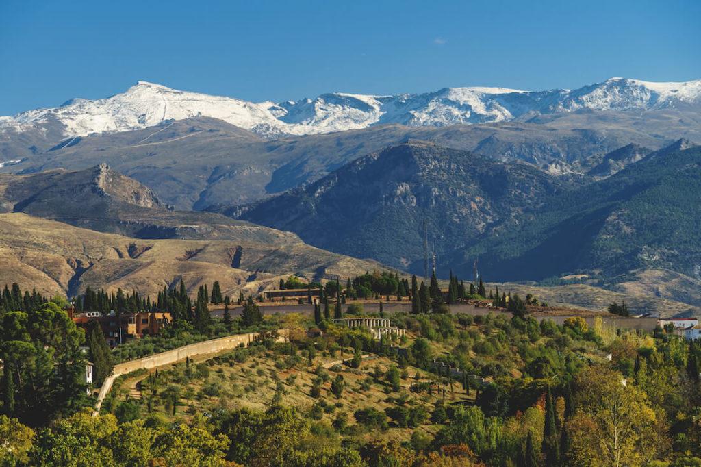 Sehenswürdigkeiten Andalusien Sierra Nevada Gebirge