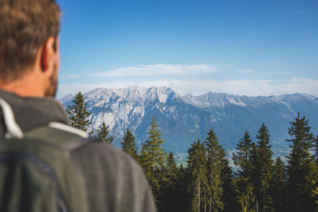Innsbruck-Outdoor-Aktivitaeten-Mutterealm-Aussicht