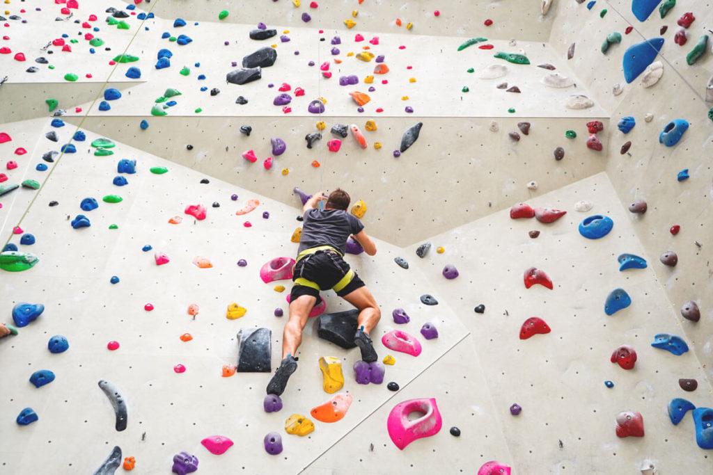 Klettern-Innsbruck-Kletterzentrum-Kletterhalle