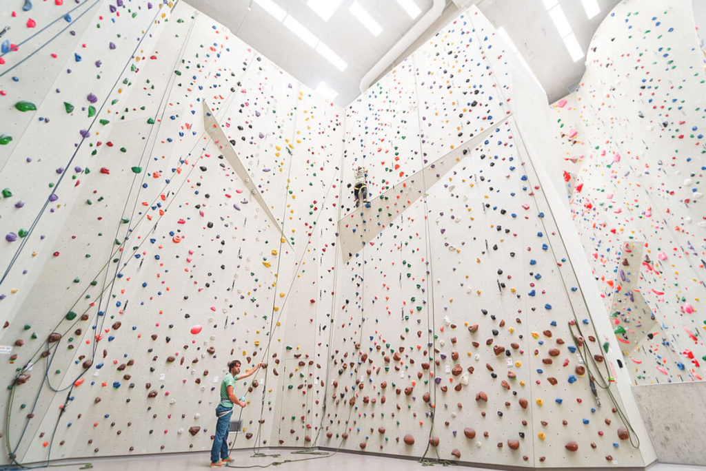 Kletterzentrum-Innsbruck-Indoor-KLettern
