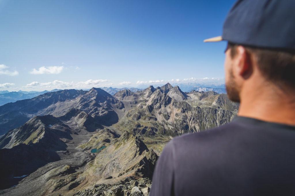 Sulzkogel-Gipfel-Oesterreich-Innsbruck-Wanderung-Aussicht