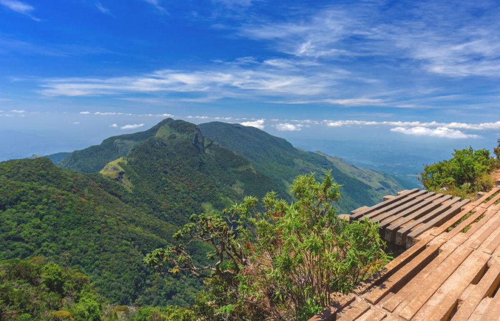 Sri-Lanka-Highlights-Horton-Plains-Nationalpark-Worlds-End
